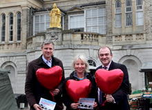 Local MPs Zac Goldsmith and Ed Davey meet Love Kingston's Fundraising Manager Elaine Miller