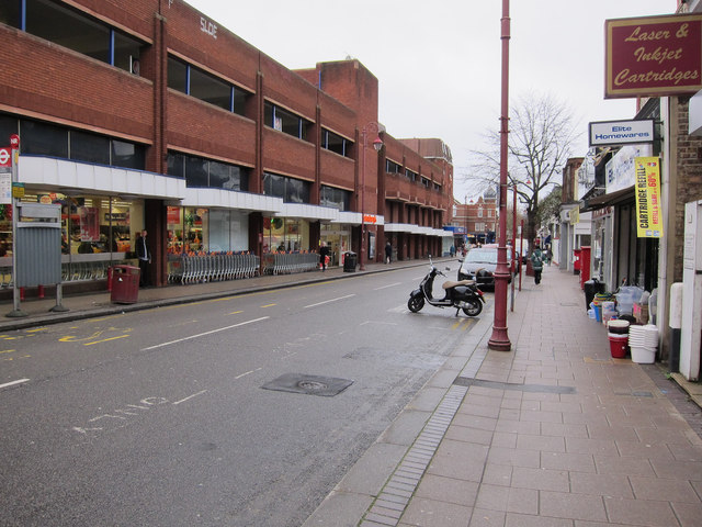 Free thirty minute parking introduced by Kingston council to liven the festive Christmas period