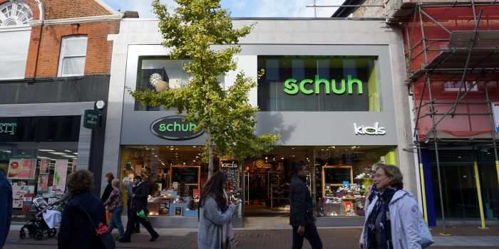 "Schuh invites customers to ""Sell Your Soles"""