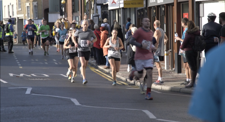 Runners pound pavement at Kingston half marathon
